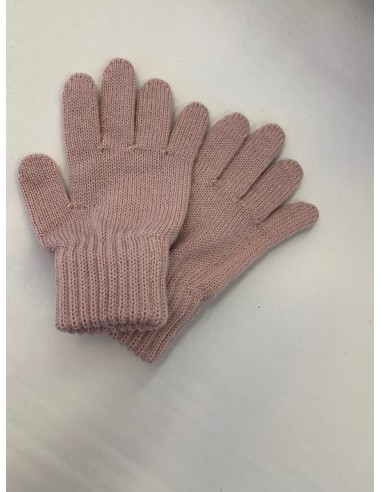 Gloves made in 100% merino wool color...